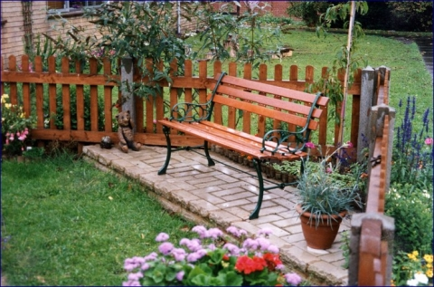 Turn a backyard into a space of relaxation