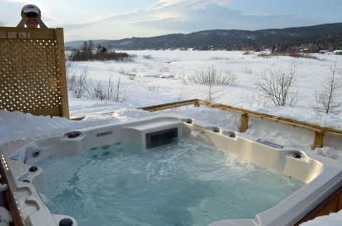 How to benefit from your hot tub during cold seasons