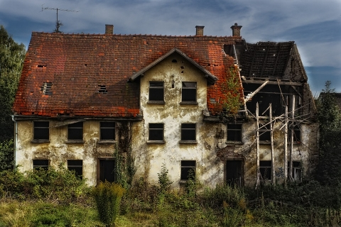 Renovating an old house for selling