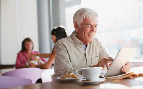 Want happy and active elders Introduce them to the world of blogging