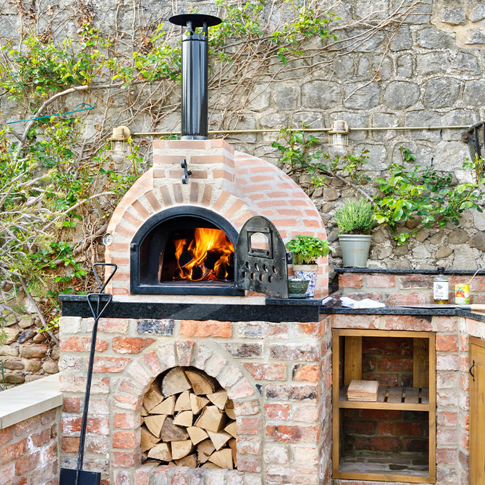 Wood Vs Gas Fire Pizza Oven What To Choose Home Decoration Family Lifestyle Advice