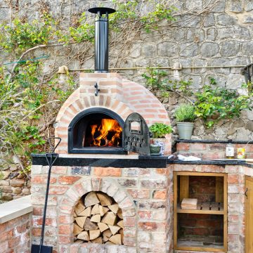Wood vs. Gas Fire Pizza Oven- What to Choose Picture