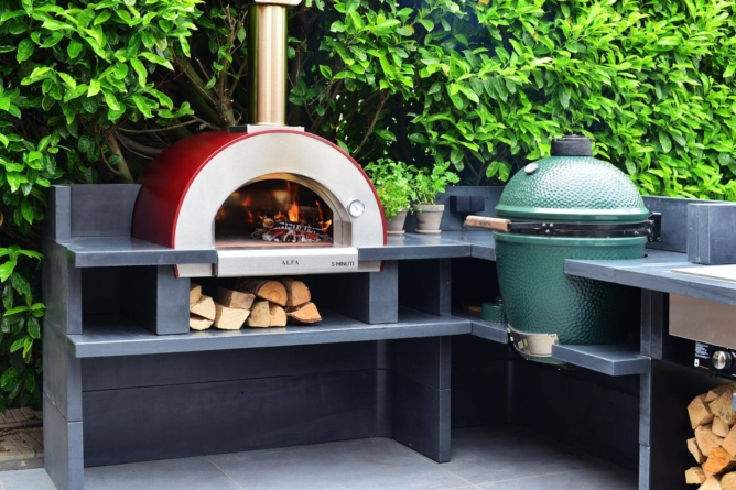 Wood vs. Gas Fire Pizza Oven- What to Choose?