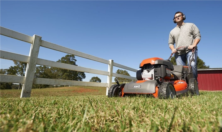 3 Things You Must Know Before Buying a Lawn Mower