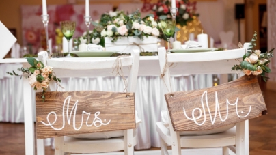 Don't have the money for a wedding planner? Take our wedding advice, it's free!