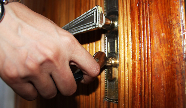 Emergency situations when you need a locksmith