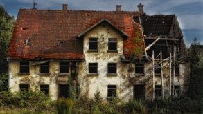 Renovating an old house for selling – the full guide